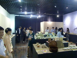 HP20140910日本の茶器工芸展.JPG